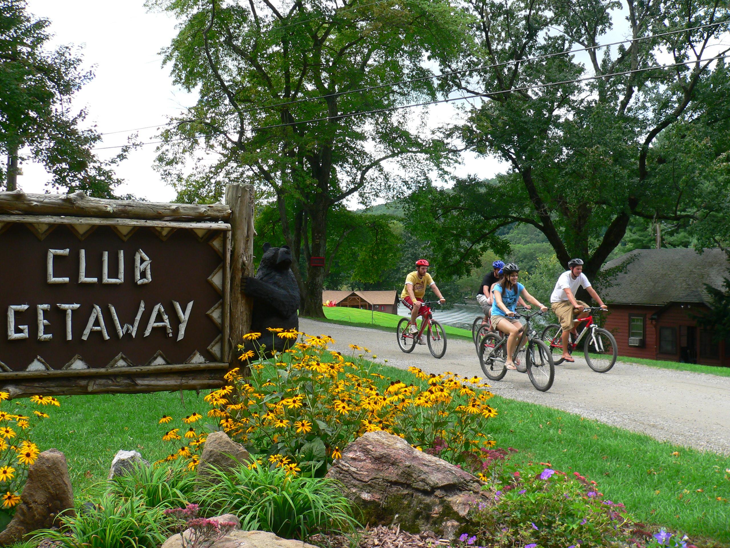 club getaway activities