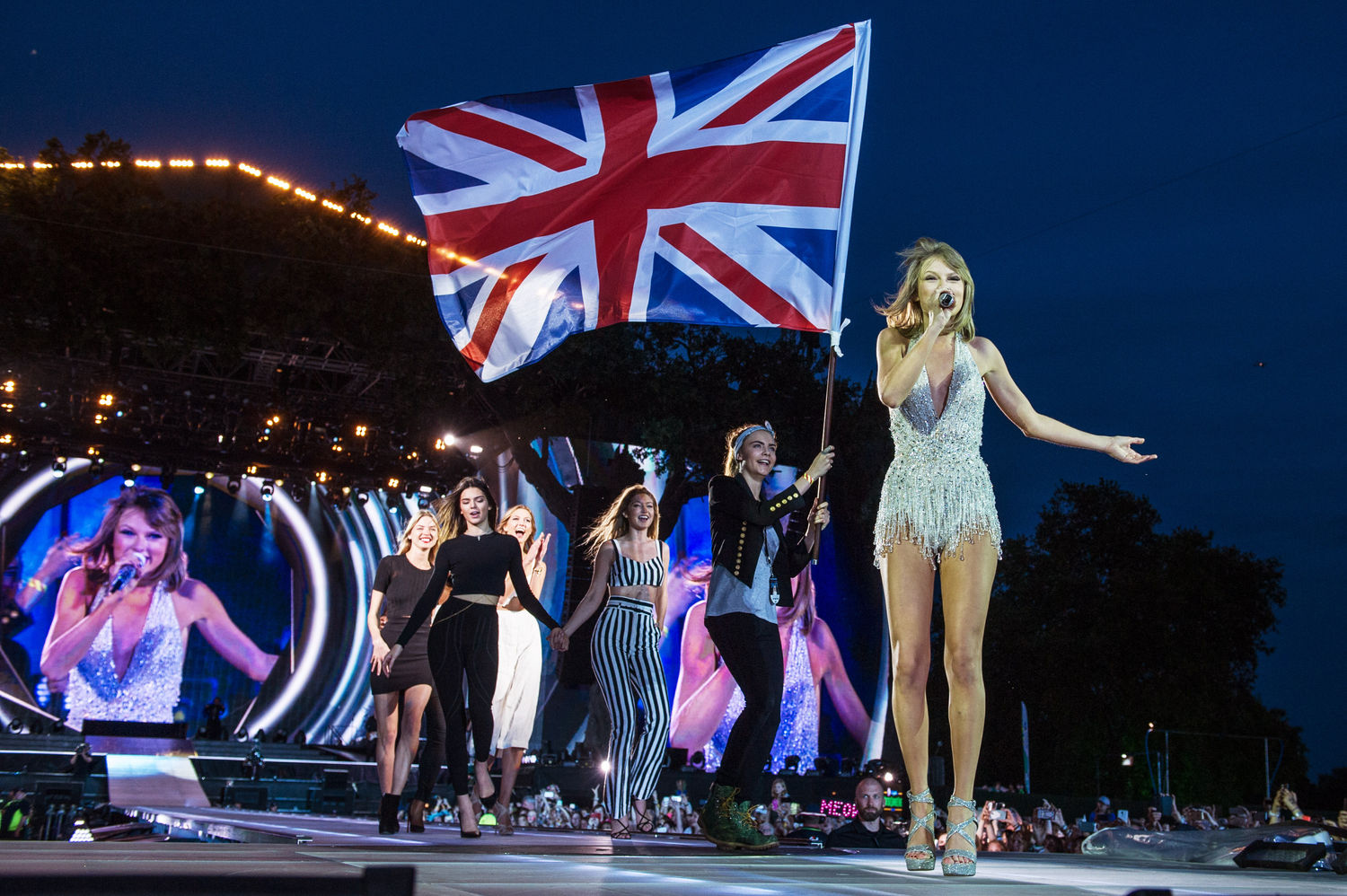 The Problem With Taylor Swift S Feminism Mogul